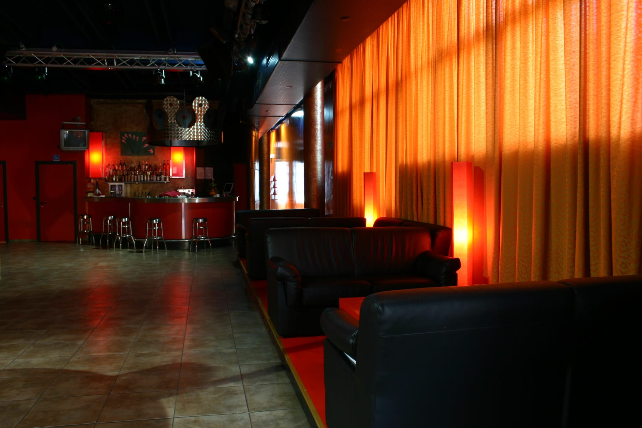 red gay club bologna
