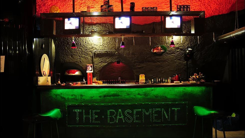 The Basement Naples cruising