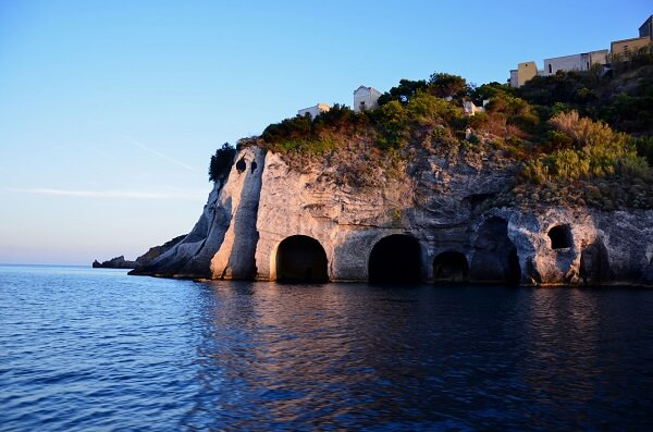 Best beaches in Italy Ponza