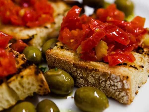Piatti italiani cosa come e quando mangiare nel belpaese for Piatti tipici roma