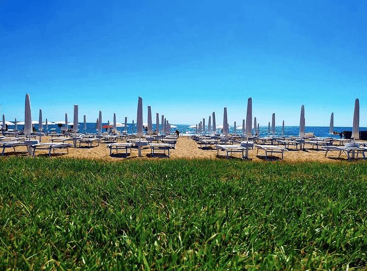 nausicaa beach club